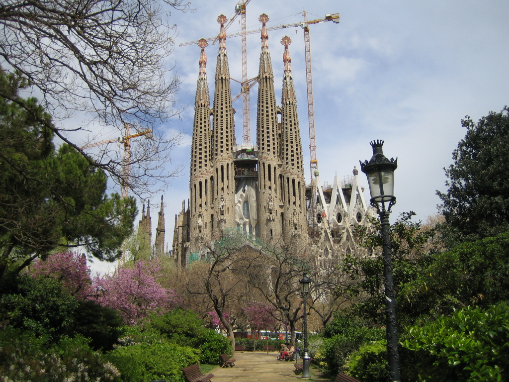Eating and drinking around somontano spain s great hidden for Gaudi kathedrale barcelona